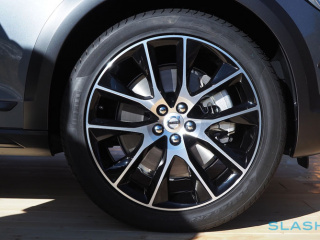 10-v90-cross-country-www.autoportal.pro