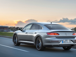 Volkswagen-Arteon-4MOTION-Elegance-2017-1280x800-014-www.autoportal.pro