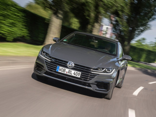 Volkswagen-Arteon-4MOTION-R-Line-2017-1280x800-003