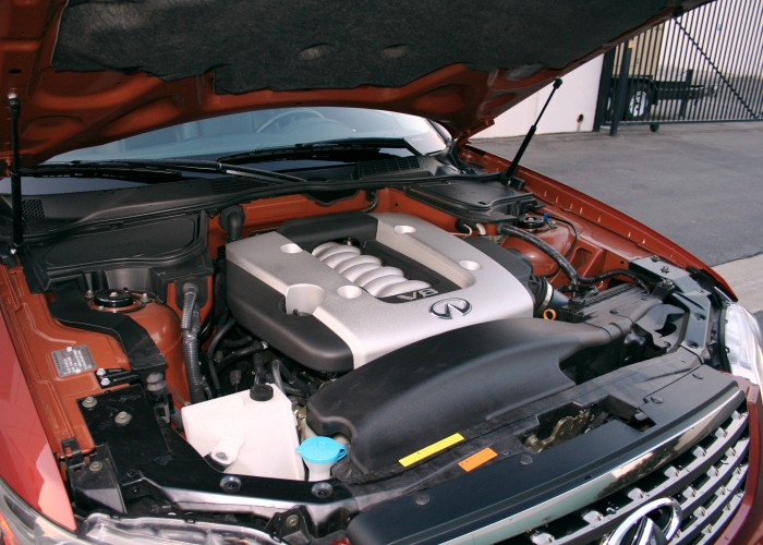 Двигатель Nissan VK45DE
