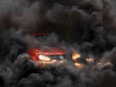 Почему в дизеле из выхлопной трубы может валить черный дым?