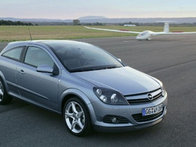 Обзор Opel Astra H