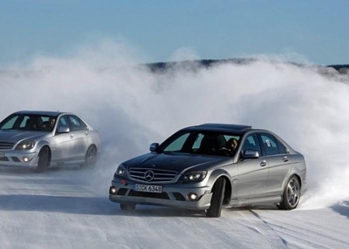 Управление автомобилем зимой.
