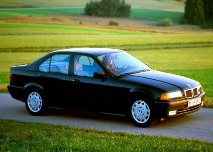 Обзор автомобиля BMW 3 E36