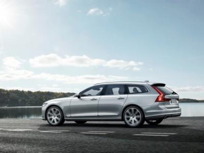 Фото вседорожника Volvo V90 представили официально