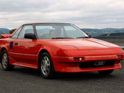 Toyota MR2 (W10)